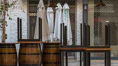 La hostelería teme que desahucios e impagos de alquiler le condenen a servir la 'última ronda'