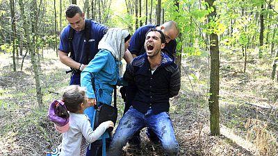 Hungría comienza a expulsar a los refugiados a 'tierra de nadie'