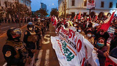 Incertidumbre política en Perú, sin presidente electo una semana después de las elecciones