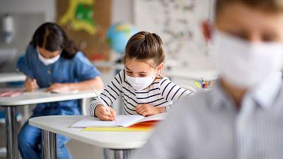 """Incertidumbre ante la vuelta al cole: planes """"poco realistas"""" y muchas dudas sobre la seguridad en las aulas"""