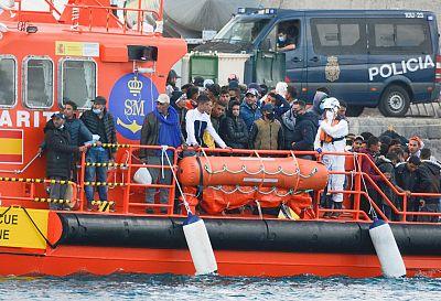 Canarias recibió este fin de semana 2.188 inmigrantes, su récord histórico en 48 horas