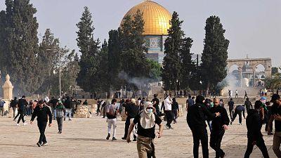 Más de 300 heridos en Jerusalén en una nueva jornada de enfrentamientos entre palestinos y policías israelíes