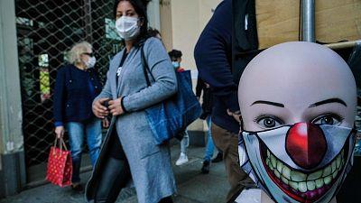 Italia obliga a llevar mascarilla también en exteriores y extiende el estado de emergencia hasta 2021