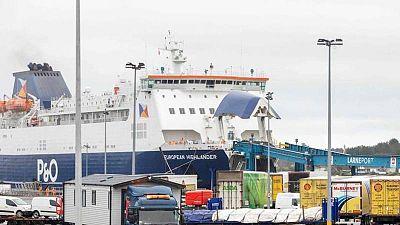 Londres lanza un órdago a Bruselas y exige renegociar el acuerdo sobre Irlanda del Norte