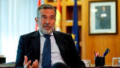 """Madrid asegura que no hay motivos para una intervención y pide no """"frivolizar"""": """"Estamos generando terror"""""""