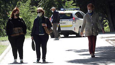 """Madrid vive su primer día de cierre con incertidumbre: """"Vas con miedo al virus y a las restricciones"""""""