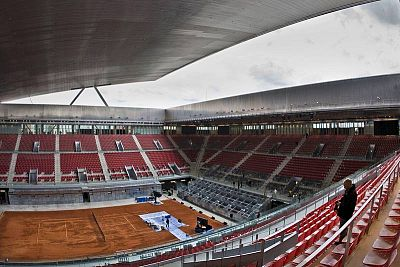 San Fermín reclama un polideportivo público, un pequeño 'legado olímpico' de la Caja Mágica