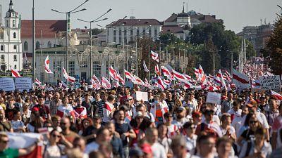 Más de 100.000 manifestantes protestan en Minsk contra Lukashenko