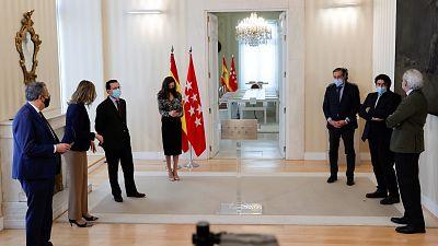 La Mesa de la Asamblea admite las mociones de censura de PSOE y Más Madrid contra Ayuso