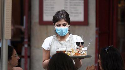 Más paro, más ERTE y más precariedad: las cifras que las mujeres soportan por la pandemia, pero también sin ella