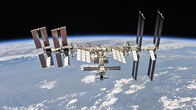 La NASA y SpaceX firman un acuerdo para evitar colisiones entre sus naves y satélites espaciales