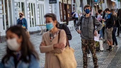 """La OMS advierte de los """"alarmantes índices de contagio"""" en Europa: el incremento semanal es superior al de marzo"""