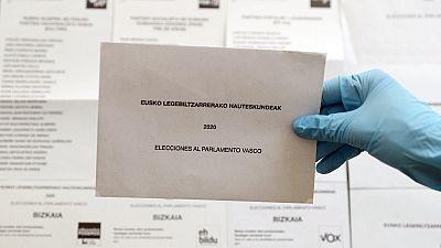 País Vasco y Galicia avisan de que quien vaya a votar con coronavirus cometerá un delito contra la salud pública