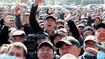 """El presidente de Kirguistán asegura estar """"dispuesto a dimitir"""" una vez que se designe un nuevo gabinete"""