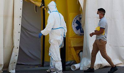 Los profesionales sanitarios contagiados de COVID-19 en la pandemia superan los 110.000