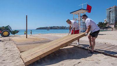 El plan 'anti-COVID' para playas: drones para controlar el aforo y más distancia entre hamacas