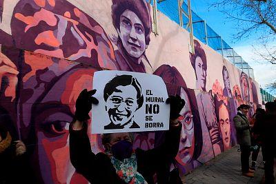 ¿Quiénes son y qué representan las 15 mujeres que aparecen en el mural feminista que borrará el Ayuntamiento de Madrid?