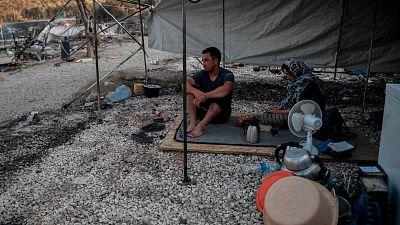 """Los refugiados de Lesbos ven con recelo el nuevo campamento: """"La solidaridad se ha acabado"""""""