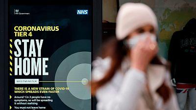 """El Reino Unido descubre una segunda variante """"aún más contagiosa"""" del coronavirus procedente de Sudáfrica"""