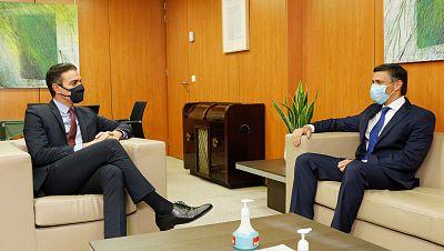 Sánchez se reúne con Leopoldo López en la sede de Ferraz