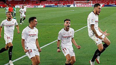 El Sevilla somete al Betis en seis minutos para llevarse 'El Gran Derbi' en el regreso de la Liga
