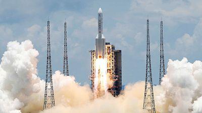 La sonda china Tianwen-1 entra con éxito en la órbita de Marte un día después de la emiratí Hope