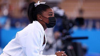 """Simone Biles, tras su retirada en la final de gimnasia por equipos: """"Tengo que centrarme en mi salud mental"""""""