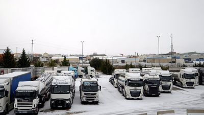 Los camiones ya pueden entrar a Madrid para garantizar el abastecimiento tras cuatro días de bloqueo