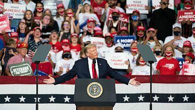 Trump visita Florida para hablar sobre la protección del medio ambiente con duras críticas de los demócratas