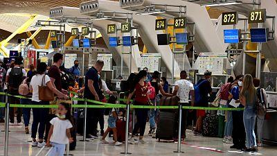"""Los turistas británicos, desconcertados tras la imposición de la cuarentena: """"Estamos en pánico"""""""