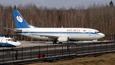 La UE aprueba sanciones contra Bielorrusia por la detención de un periodista y cierra el espacio aéreo a sus aerolíneas
