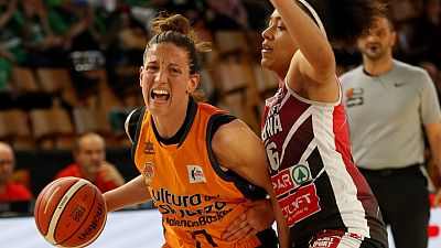 Valencia Basket inicia su nuevo proyecto con las renovaciones de Gómez y Pina y el regreso de Carrera
