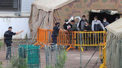 Canarias habilitará 7.000 plazas en campamentos de emergencia para atender a los migrantes