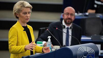 """Von der Leyen advierte en la Eurocámara de que tomará medidas si Hungría no """"corrige"""" su ley homófoba"""