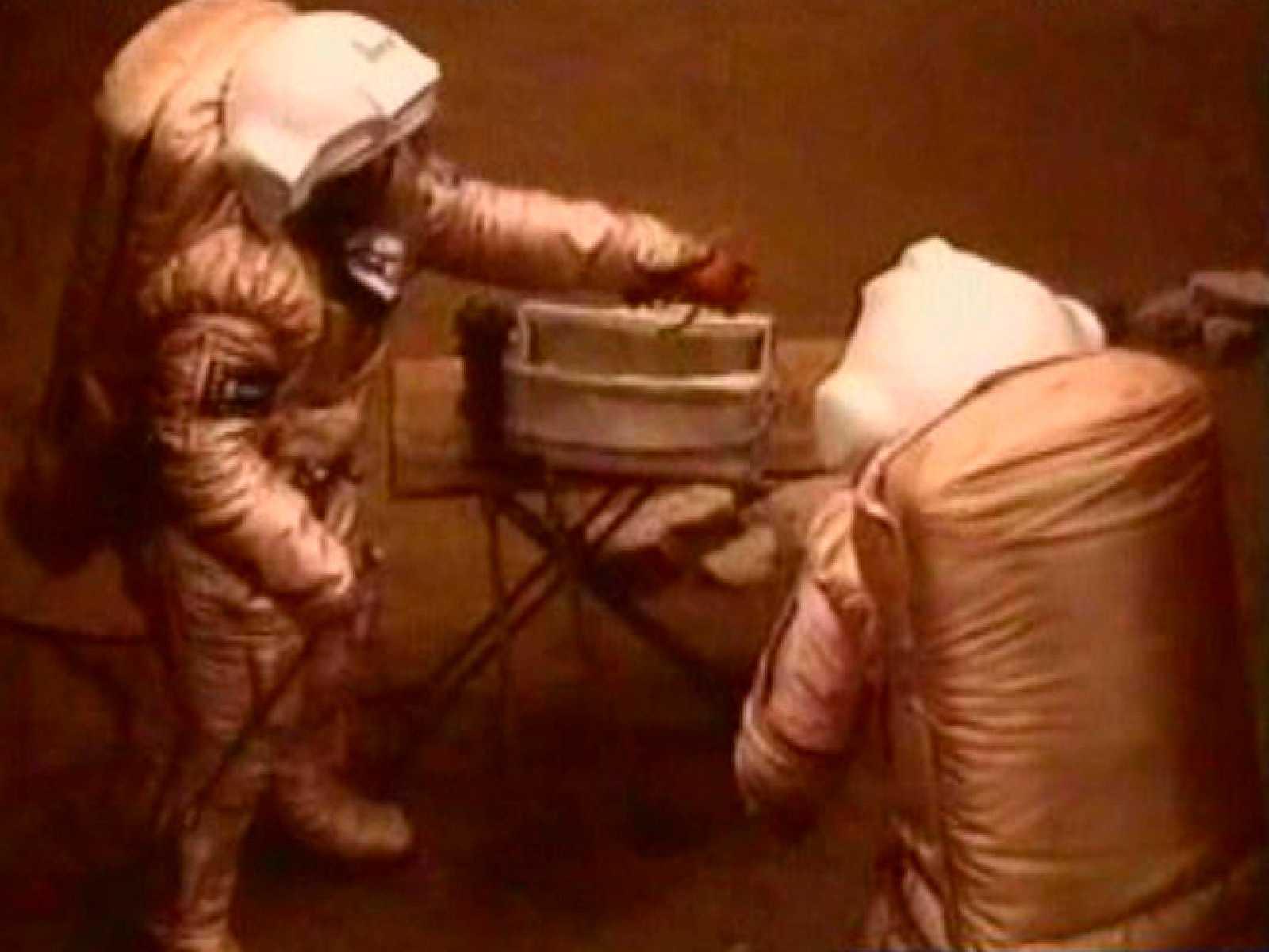 """Dos astronautas """"pisan"""" Marte"""