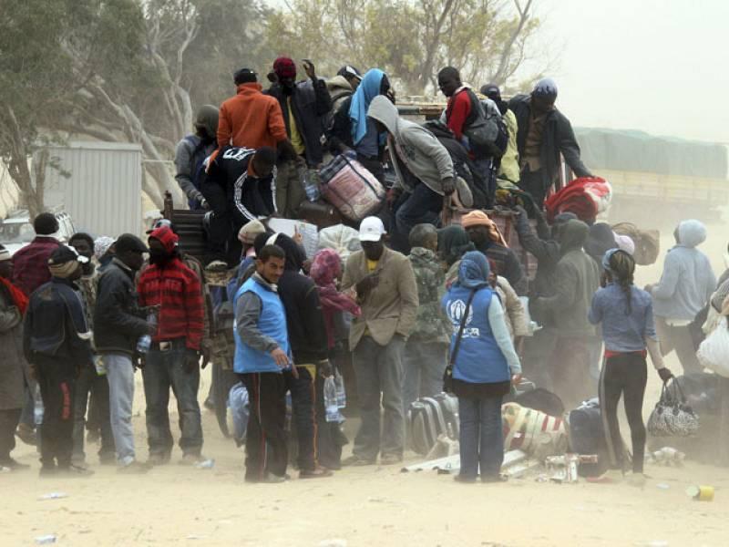 Jóvenes tunecinos en busca de una oportunidad