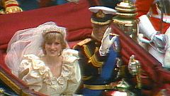 30 años separan la boda del Príncipe Guillermo con la de su padre con Diana de Gales