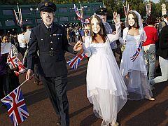 Fervor monárquico en Londres por la boda de Guillermo y Catalina