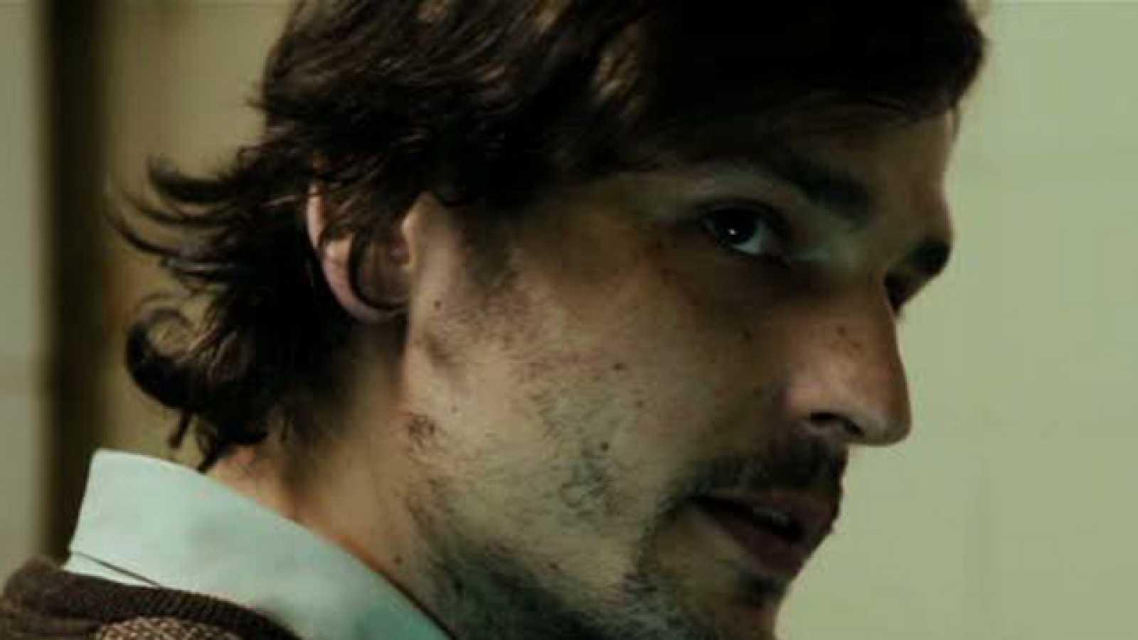 Dirigido por Daniel Dam. Sinopsis: Como todos los días, Andrés llega a casa y se encuentra con una situación que se ha vuelto insoportable.