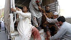70 muertos en un doble atentado suicida en Pakistán