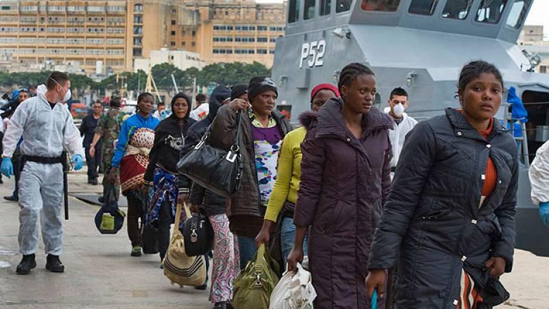 Buscan a 200 inmigrantes que huían del conflicto libio