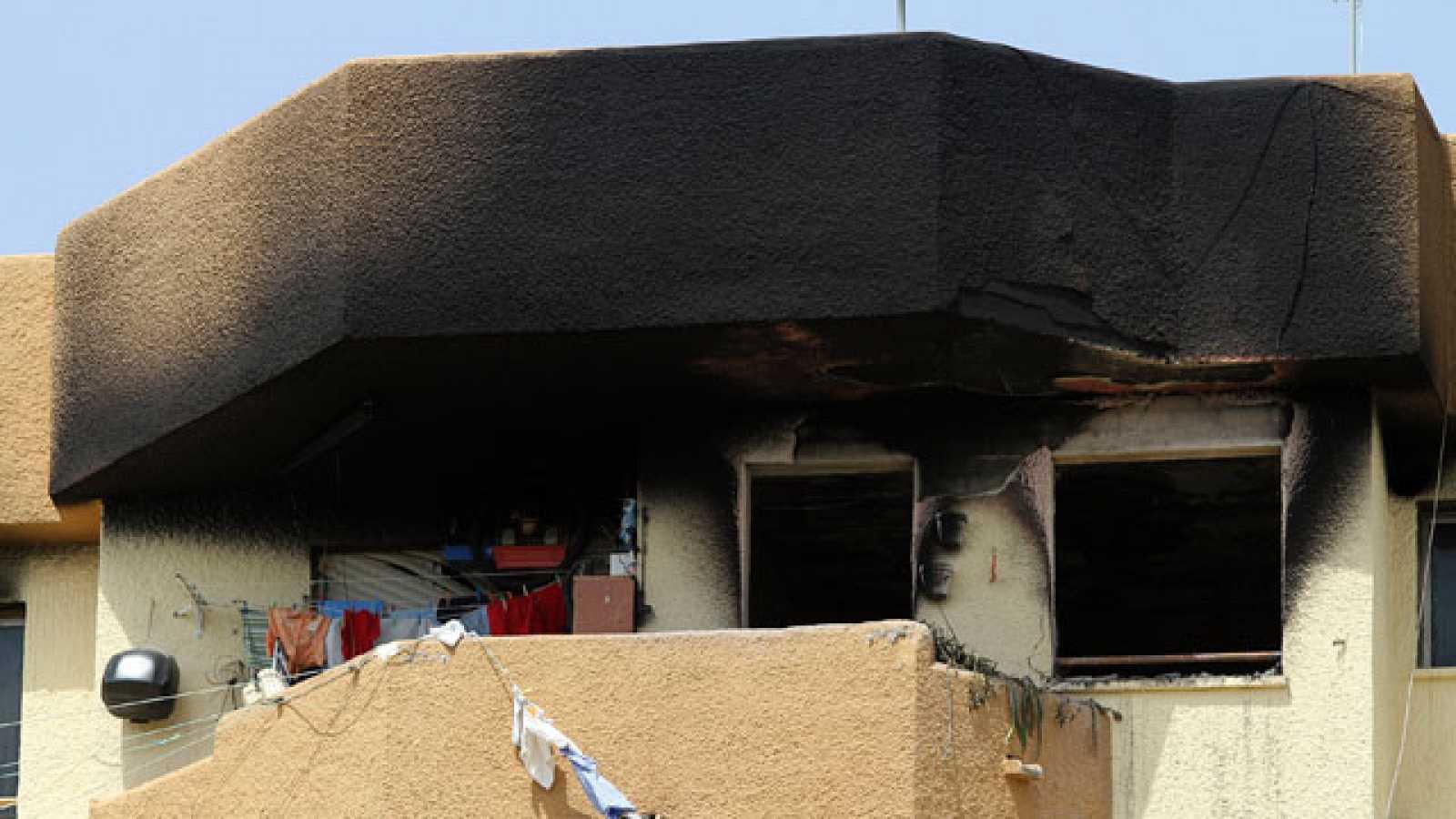 Mueren tres miembros de una familia en un incendio en Vélez-Málaga
