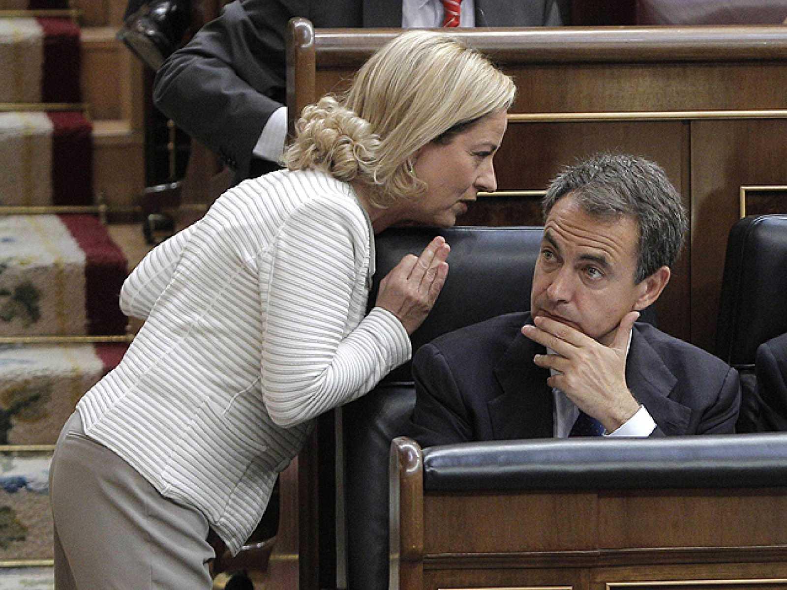 """Oramas a Zapatero: """"No es infalible pero puede mirar a los ojos a los españoles"""""""