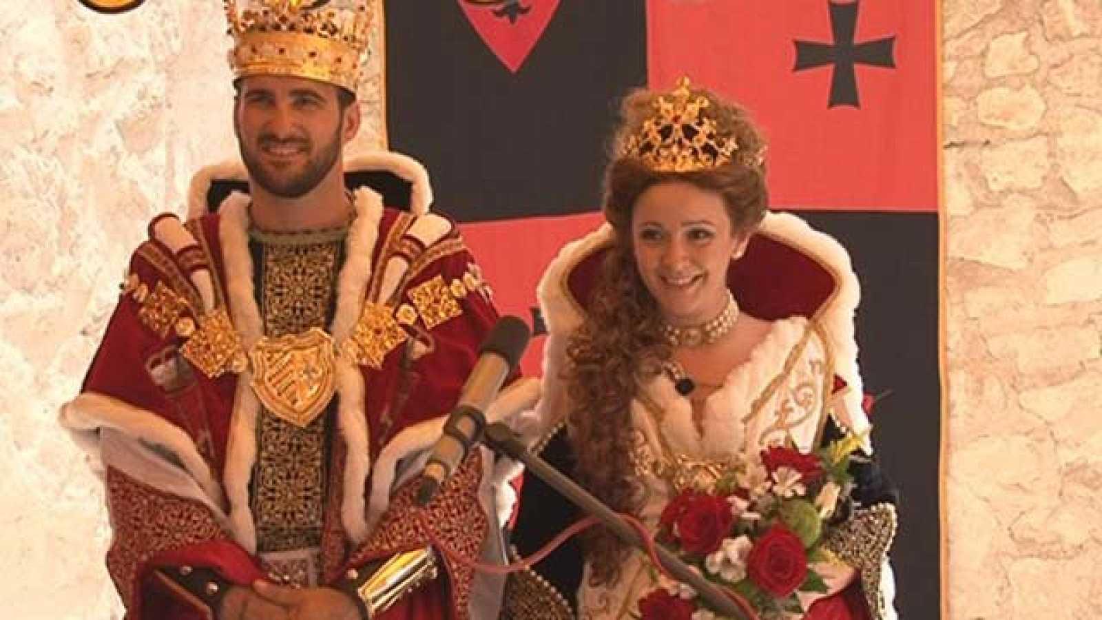 En familia - Días felices - Boda medieval