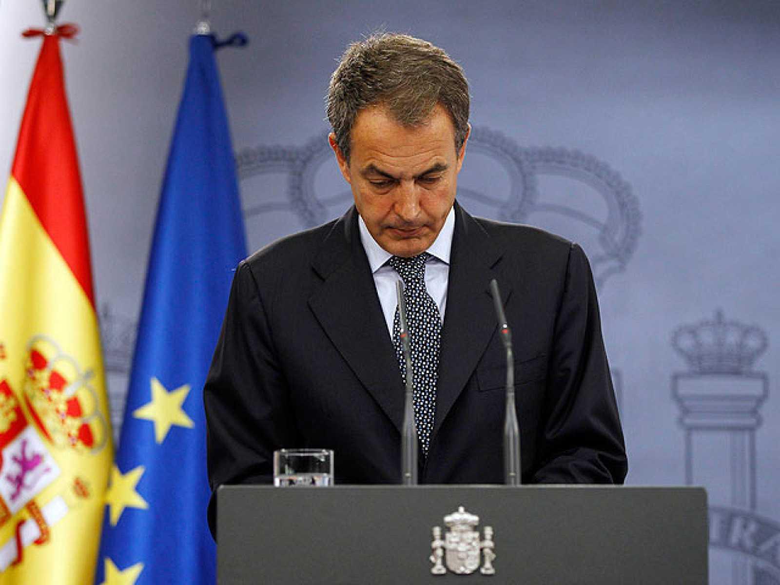 El presidente del Gobierno, José Luis Rodríguez Zapatero, ha anunciado que adelantará las elecciones generales al próximo 20 de noviembre y que, por lo tanto, disolverá el Parlamento el 26 de septiembre.