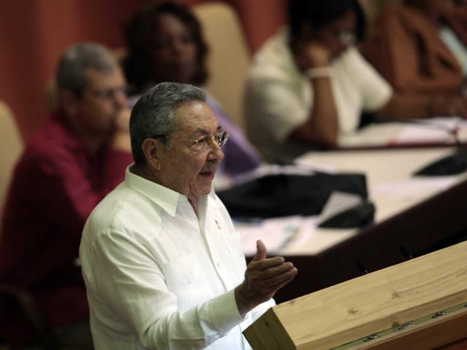 Cuba anuncia que flexibilizará su política migratoria