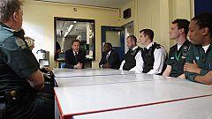 El primer ministro británico visita Tottenham, el lugar donde estallaron los disturbios