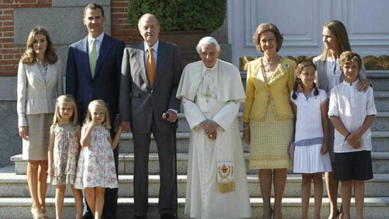 Visita de Benedicto XVI a los reyes en el Palacio de la Zarzuela