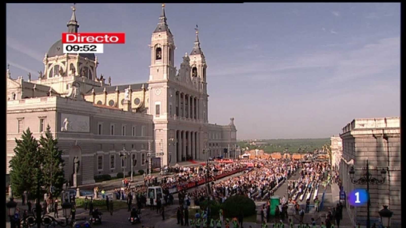 Especial informativo - Visita de S.S. el Papa Benedicto XVI - Previo a la misa desde la catedral de la Almudena - 20/08/11 - Ver ahora