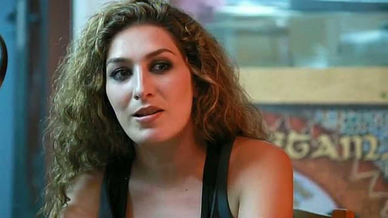 Estrella Morente canta 'Cuéntame'